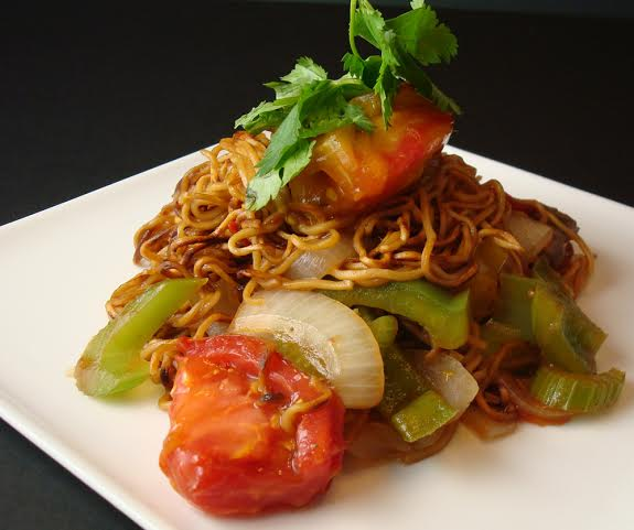 beef tomato chow mein